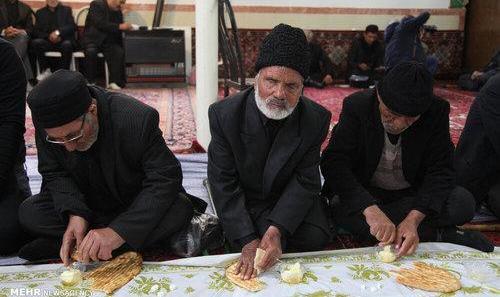 تصاویر عزاداری مردم تهران در تاسوعا