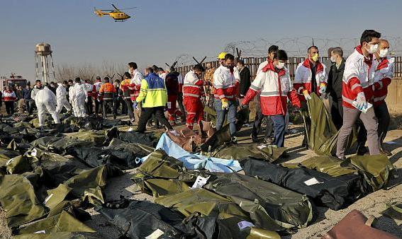 روحانی: در سقوط هواپیما فقط یک نفر مقصر نیست، باید یک دادگاه ویژه برای بررسی سانحه سقوط هواپیما تشکیل شود