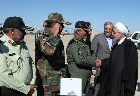 روحانی برای بازدید از مناطق سیلزده، وارد استان سیستان و بلوچستان شد