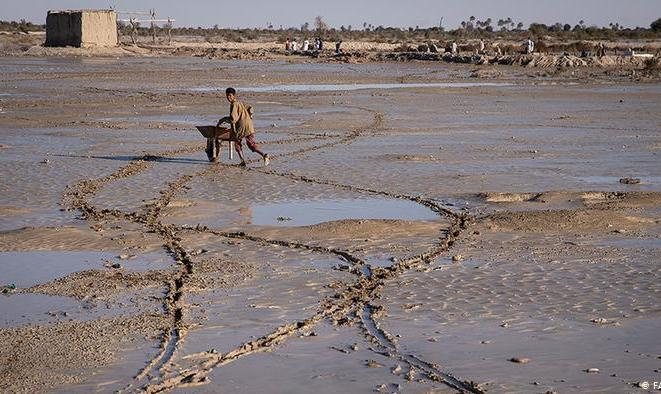 روحانی در چابهار؛ سیلزدگان بلوچ در انتظار کمک
