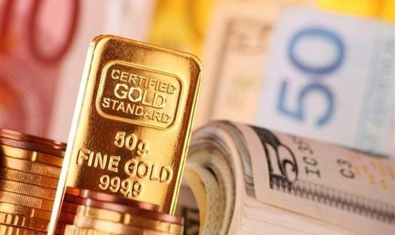 دلار وارد کانال ۱۲ هزار تومانی شد