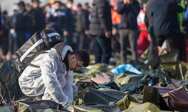 بلاتکلیفی ۵ پیکر سانحه هواپیمای اوکراینی | واکنش پزشکی قانونی