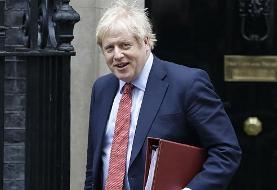 جانسون بر توافق جدایی بریتانیا از اتحادیه اروپا امضاء زد و آن را خارقالعاده خواند