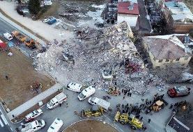 ادامه عملیات امداد و جستجو در مناطق زلزلهزده ترکیه/تعداد مصدومان به ۱۰۳۰ نفر رسید