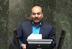 حاتمیان: شهید حاج قاسم سلیمانی را طعمه مطامع سیاسی نکنید