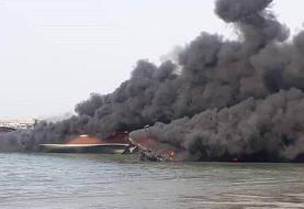 فیلم و جزئیات آتش گرفتن لنج باری و ماهیگیری در اسکله بندر جاسک به دلیل نامعلوم