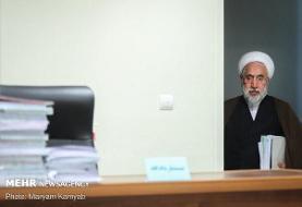 مدیرعامل اسبق بانکهای ملت و پارسیان در پایان جلسه محاکمه بازداشت شد: مردی که با صلوات شمار در دادگاه حاضر شد!