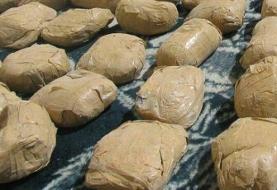 دستگیری کولبری با ۶۳ کیلو تریاک در مهریز