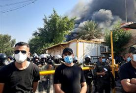 عراق/ به آتش کشیدن دفتر حزب دموکرات کردستان بعد از تشبیه حشدالشعبی به داعش (+عکس)