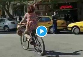 دوچرخه سواری یک دختر بدون حجاب مقابل مسجد جامع نجف آباد موجب اعتراض روحانیان شد
