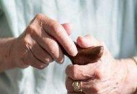 فعالیت اجتماعی باعث تقویت مغز سالمندان می&#۸۲۰۴;شود