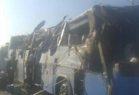واژگونی اتوبوس در آزادراه قم-کاشان تاکنون ۵ کشته داشته است