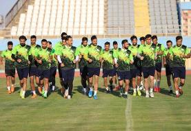 آلومینیوم سازان با ۲۳ بازیکن به اصفهان رفتند