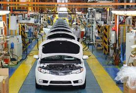 پیشبینی کارشناسان از آینده بازار خودرو؛ قیمتها کاهش مییابد یا گرانتر خواهد شد؟