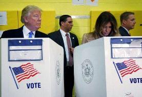 ببینید | جنجال جدید ملانیا و دونالد؛ نگاه دزدانه ترامپ به برگه رای همسر!