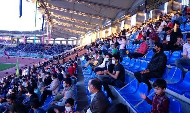 انتقادها از برگزاری مراسم مذهبی جشن بیعت در مشهد در اوج کرونا