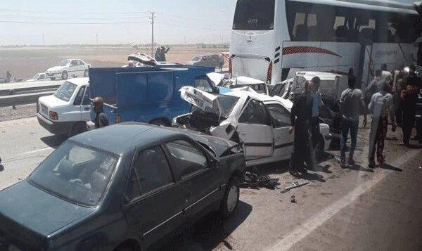 تصادف زنجیرهای در چابهار: تعدادی از نمایندگان مجلس مصدوم شدند! یکی از تجار منطقه فوت کرد