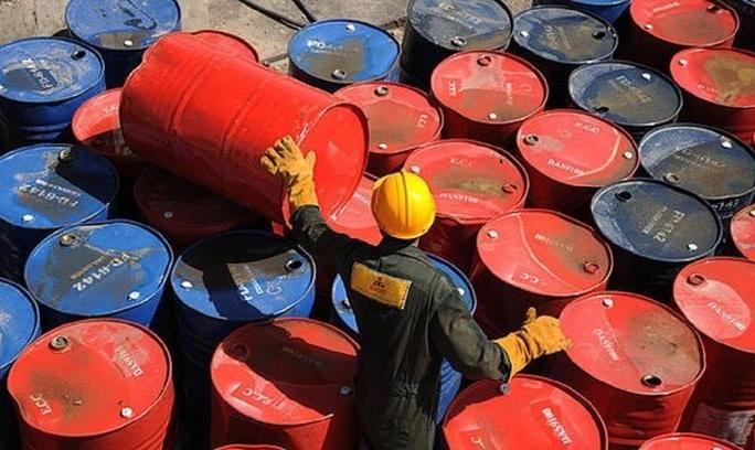 قیمت نفت به پایینترین سطح ۵ ماهه سقوط کرد