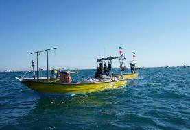 برگزاری رژه شناوری مردمی بسیج دریایی نیروی زمینی سپاه در آبهای جنوب کشور