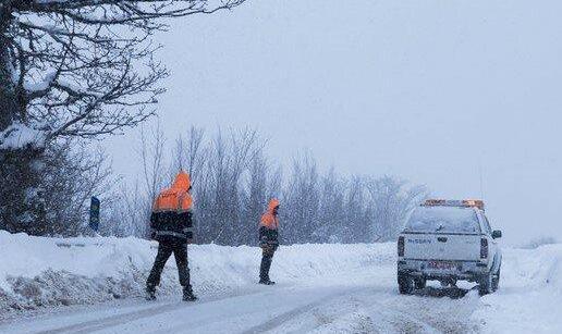برف و باران در جادههای ۱۸ استان کشور