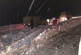 امدادرسانی به ۷۲۲ نفر گرفتار در برف و کولاک شب گذشته