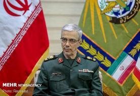 واکنش رئیس ستاد نیروهای مسلح ایران به پرواز بمبافکنهای آمریکا بر خلیج ...