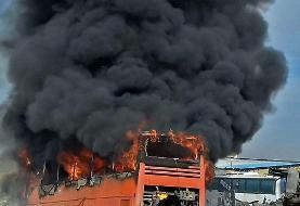 اتوبوسی در مشهد به طور کامل در آتش سوخت