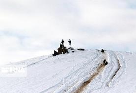 (تصاویر) شادی بارش برف در ارومیه