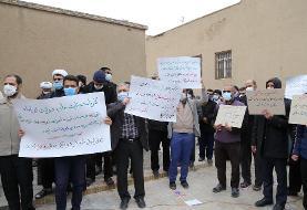 (تصاویر) تجمع اعتراضی طلاب قم در پی ترور شهید فخری زاده