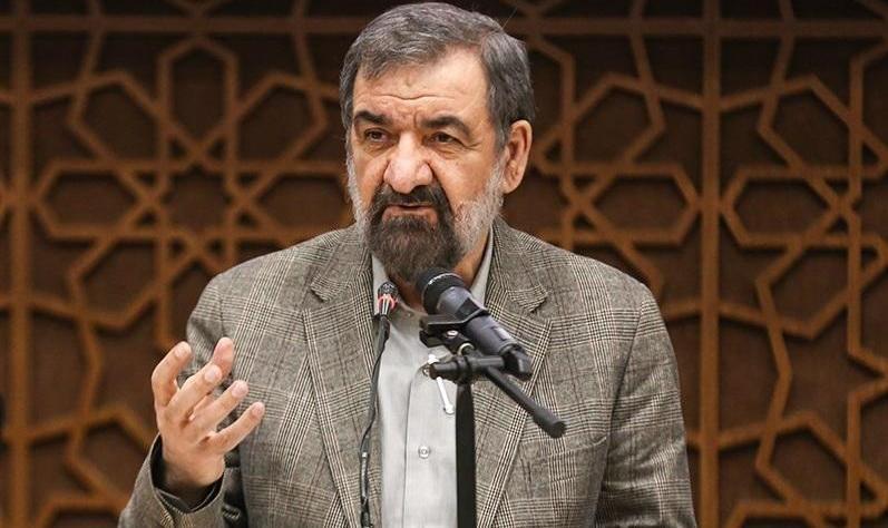 محسن رضایی: یک سیلی محکم به صورت دشمن خواهیم زد