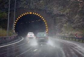 ترافیک سنگین در آزادراه قزوین-تهران/ بارش باران در جادههای ۵ استان