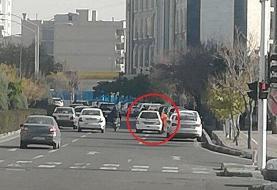 رونمایی از یک شغل عجیب زنانه در تهران: کنار خیابان دستشان را برای خودروها بلند میکنند و ...