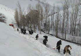 راه ۵ روستای لاهیجان مسدود است