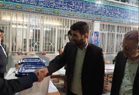 بازدید عضو شورای نگهبان از شعبه اخذ رای مسجدالنبی نارمک