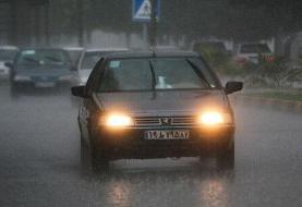 برف و باران در جادههای سه استان
