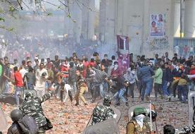 سه کشته در درگیریهای هند | مخالفان و هواداران ترامپ به خیابانهای دهلی آمدند
