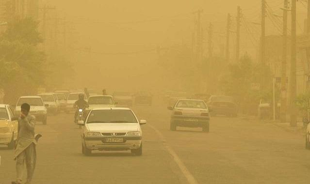 گردوخاک پس از باران مهمان خوزستان میشود: گرد و غبار ۱۳ شهر خوزستان را فراگرفت