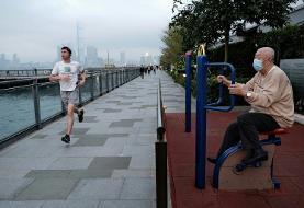 Divisions among Hong Kong expats over virus response