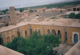 آشنایی با قلعه و چهار برج شاهرخ خان (برج تاریخی یزدانآباد)