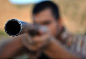 اصابت گلوله شکارچی به رئیس محیط زیست سروستان | انتقال مدیر مجروح با اورژانس هوایی