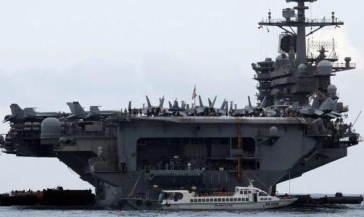 التماس فرمانده به وزیر دفاع آمریکا: ناو هواپیمابر روزولت آمریکا با ۴۰۰۰ خدمه گرفتار کرونا شده است