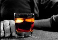 قربانیان مسمومیت با الکل در فارس به ۹۰ نفر رسید