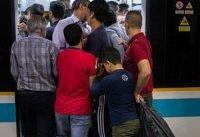 تعطیلی مترو و اتوبوس در صورت تداوم فعالیت اجتماعی معنا ندارد