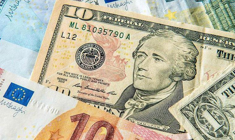 دلار در مسیر کاهش؛ عقبنشینی یورو به کانال ۱۶ هزار تومان | آخرین قیمت ارزها