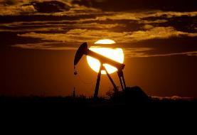 اوپک و روسیه برای کاهش تولید ۱۰ میلیون بشکه نفت در روز توافق کردند