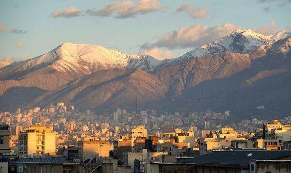 هوای تهران آلوده است