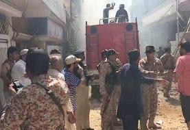 سقوط هواپیمای مسافربری در نزدیکی فرودگاه کراچی