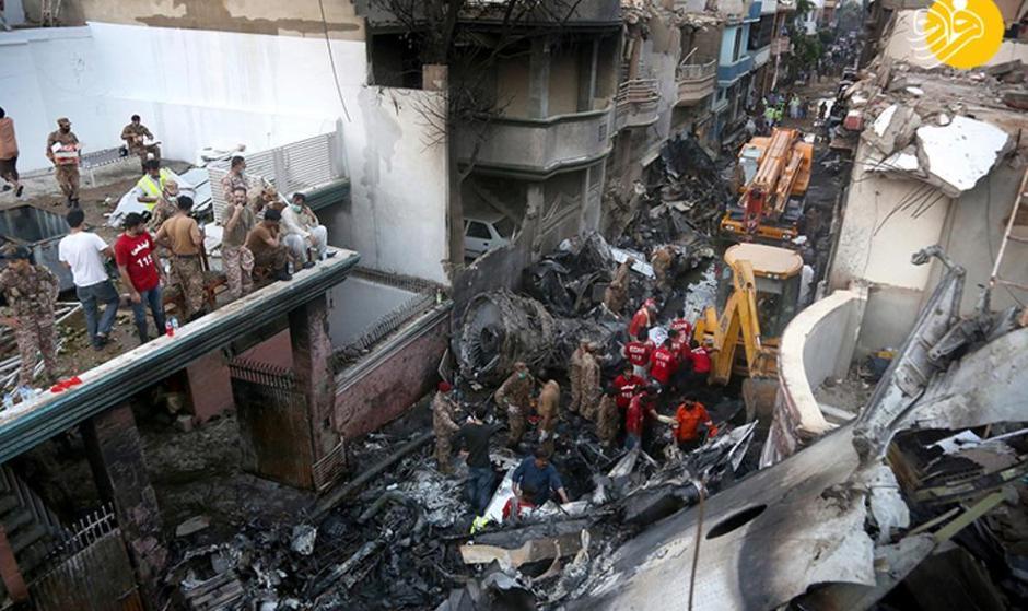 آخرین جزئیات از حادثه سقوط هواپیمای پاکستانی