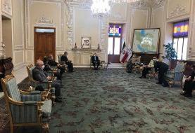 فرماندهان ارشد نظامی با علی لاریجانی دیدار کردند