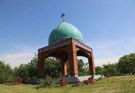 ساخت مقبره شهدای گمنام در بوستان شقایق